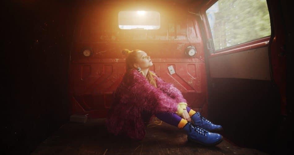 M: Jos tulen takaisin music video1