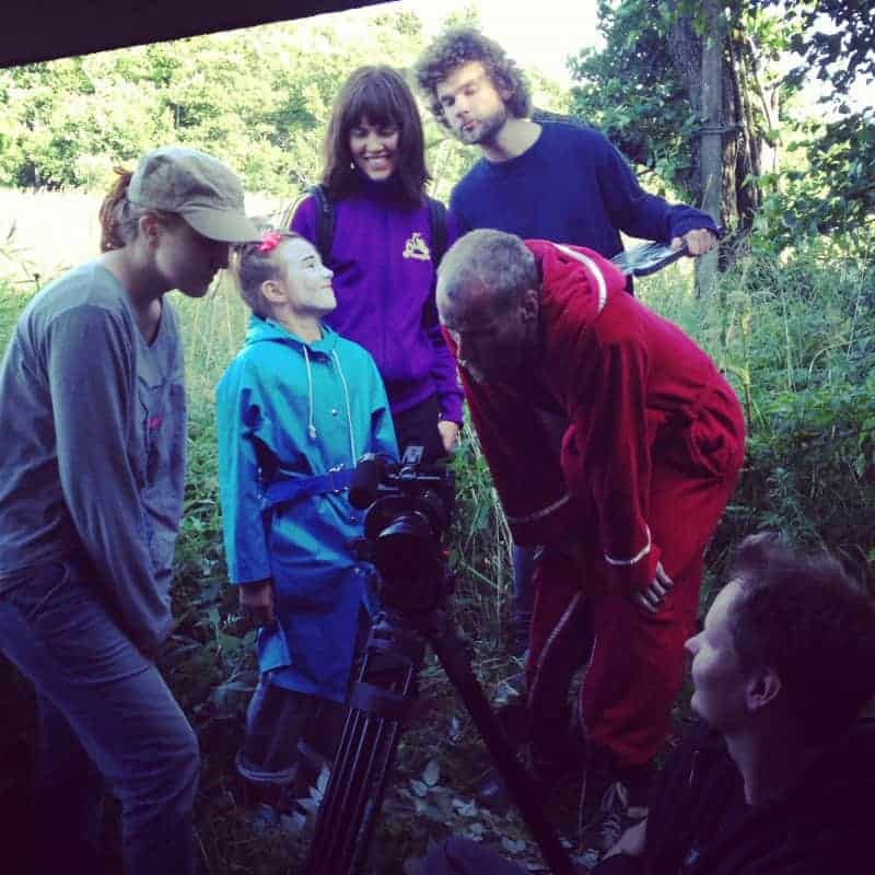 Anna-Mari Nousiainen, Veera Elo, Anna Elo, Tuomas Niskanen, Mika Rättö and Tuomas Laurila checking the shot.